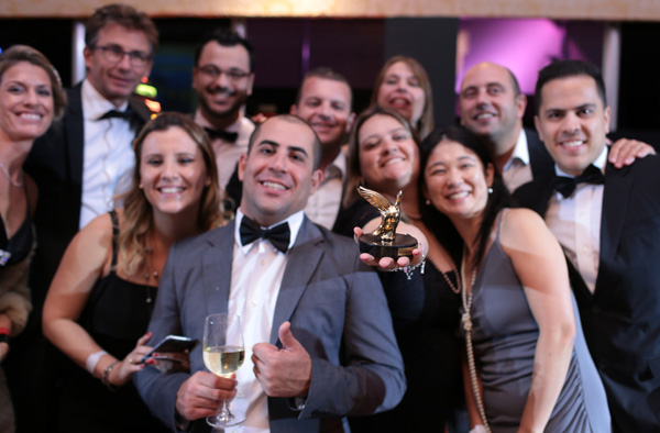 01.03-BERNACHE-awards-250
