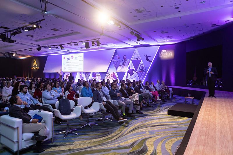 A-cerimônia-do-Bernaches-Awards-South-America-marcou-o-encerramento-do-GM-Meeting.